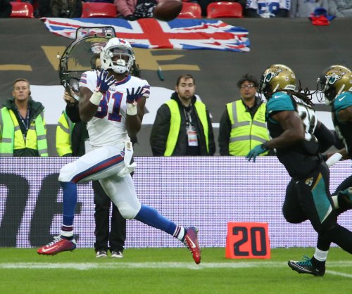Jags blow early lead, come back to beat Bills in London