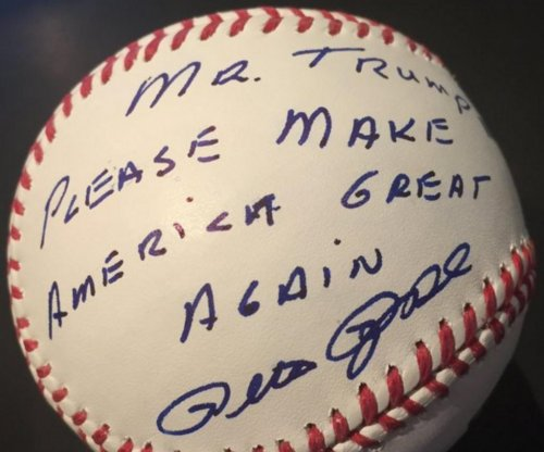Pete Rose did not endorse Donald Trump, lawyer says