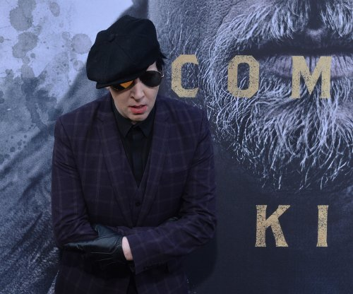 Marilyn Manson injured during on-stage mishap at NYC show