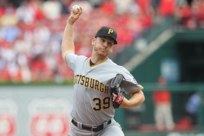 Pirates aim for second straight win vs. faltering Mets