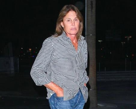 Bruce Jenner steps out with shoulder-length hair