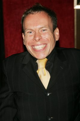 Warwick Davis to return for 'Star Wars: Episode VII'