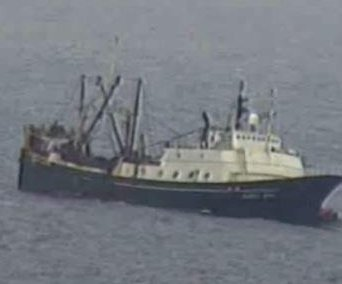 46 rescued from sinking boat in Alaska