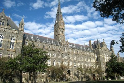 Georgetown University to offer preferential admission to slave descendants