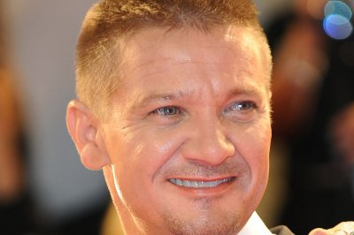 Jeremy Renner to play an arctic fox in animated movie
