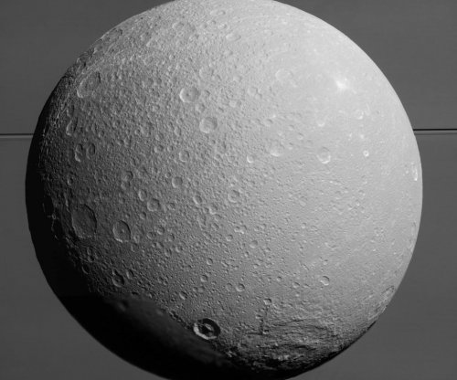 Cassini data reveal subsurface ocean on Saturn's moon Dione