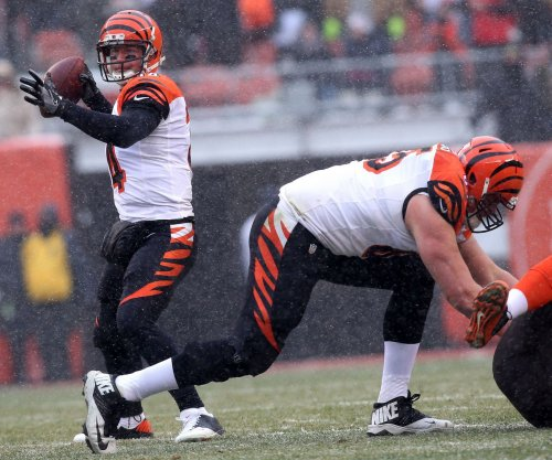 Andy Dalton, Cincinnati Bengals keep Cleveland Browns winless