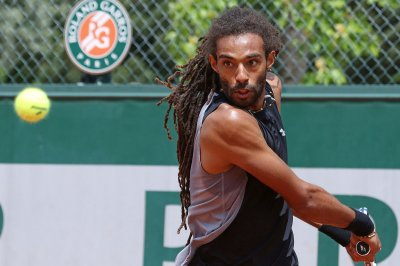 Dustin Brown knocks off top-seeded Marin Cilic in France