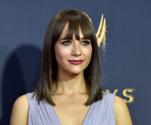 Famous birthdays for Feb. 25: Rashida Jones, Sean Astin