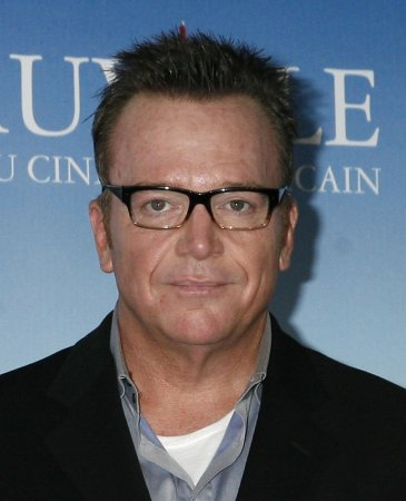 Tom Arnold marries for the fourth time