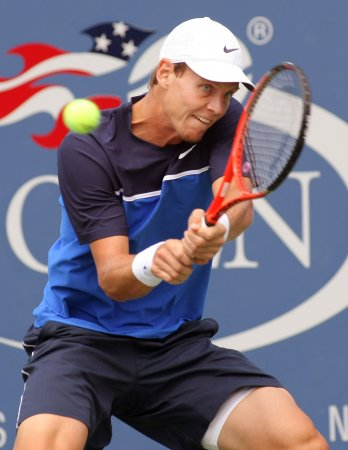 Berdych earns quarterfinal slot in Beijing