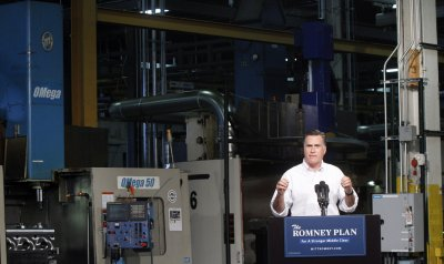Romney plans a swing through swing states