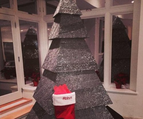 Rihanna shares photo of her sparkly Christmas tree