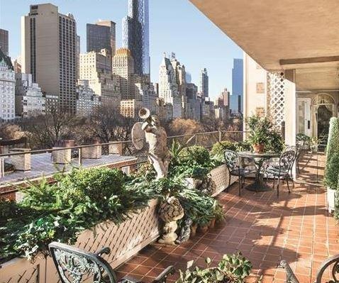 Joan Rivers' plush Manhattan condo sells for $28M