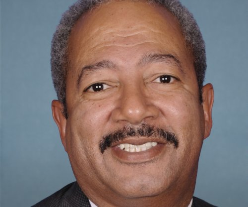 Rep. Chaka Fattah allegedly misused campaign, taxpayer funds