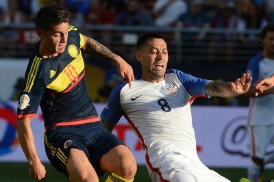 Copa America 2016: Should USMNT bench star Clint Dempsey?
