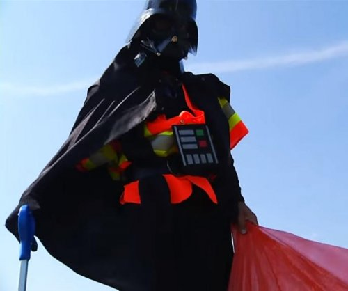 Darth Vader picks up trash alongside adopted Virginia highway