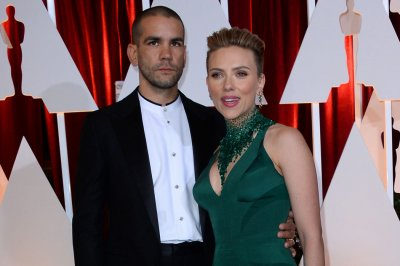 Scarlett Johansson finalizes divorce from Romain Dauriac