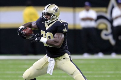Free-agent RB Adrian Peterson heaps praise on Saints QB Drew Brees