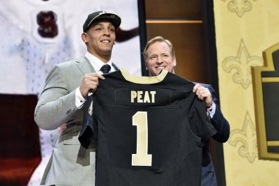 New Orleans Saints G Andrus Peat expects to return for training camp