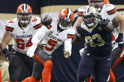 New Orleans Saints DT David Onyemata suspended one game