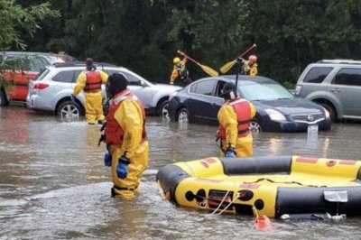 Nearly-a-month's-worth-of-rain-in-1-hour-triggers-travel-nightmare-in-D.C.-area