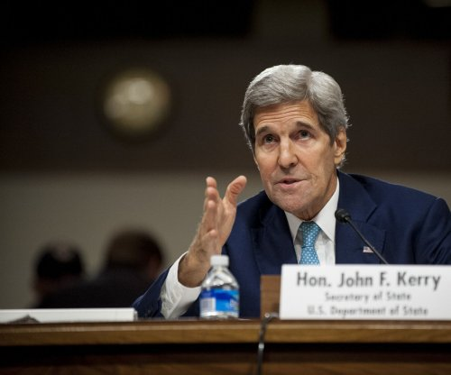 Kerry defends Iran deal in Senate committee hearing