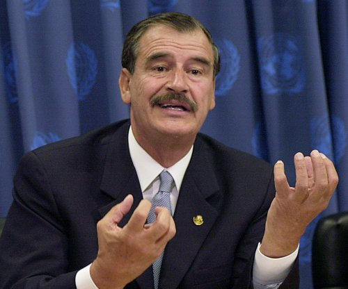 Former Mexican president tells Trump to drop White House bid