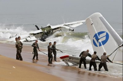 Cargo plane crashes off Ivory Coast, killing 4