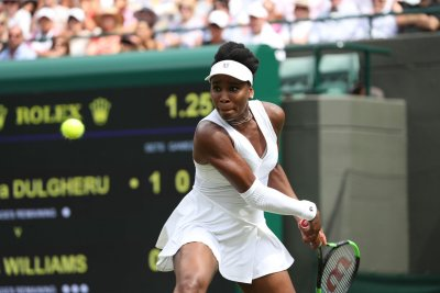 Wimbledon 2018: Roger Federer, Venus Williams advance