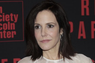 Mary-Louise Parker joins HBO's 'The Days of Abandonment'
