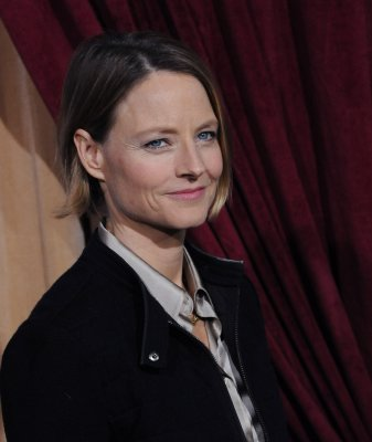 Jodie Foster set for Globes DeMille prize