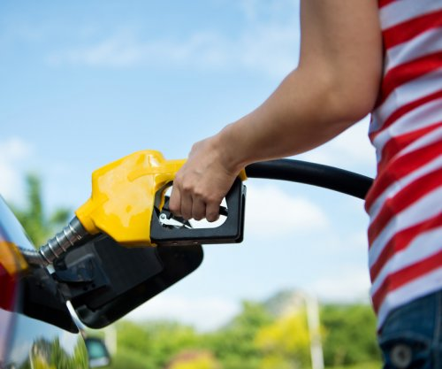 U.S. consumers to save big on gasoline costs