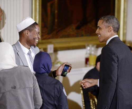 Obama hosts traditional Iftar dinner at White House in light of Ramadan