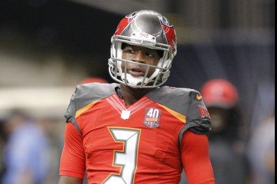 Jamies Winston turnovers lead to Carolina Panthers victory