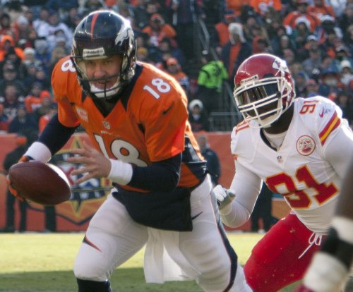 Kansas City Chiefs welcome back OLB Tamba Hali to defense