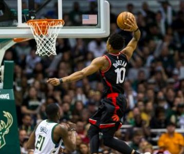 DeMar DeRozan, Toronto Raptors rebound from tough outing to beat Milwaukee Bucks