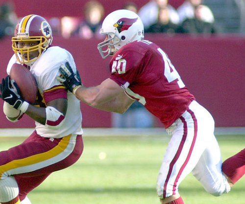 Tillman's widow: Do not politicize former Arizona Cardinals safety Pat Tillman's memory
