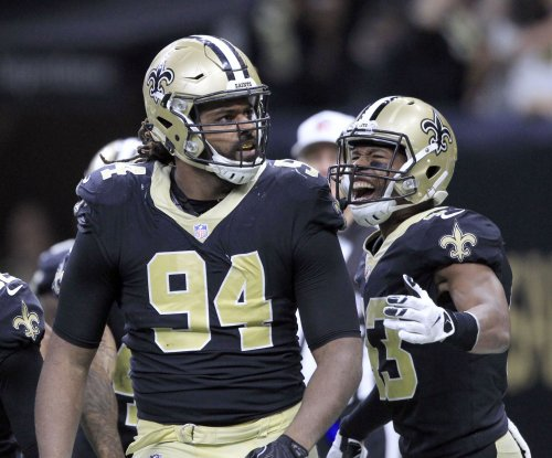 New Orleans Saints DE Cam Jordan celebrates big play with dunk vs. Detroit Lions