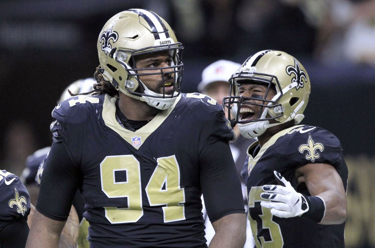 New Orleans Saints DE Cam Jordan Celebrates Big Play With Dunk Vs Detroit Lions