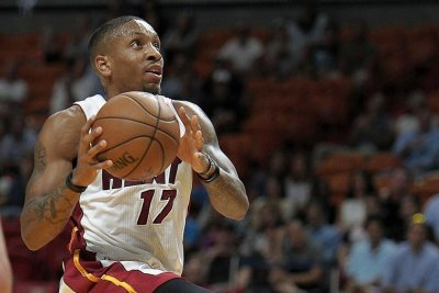 Miami Heat guard Rodney McGruder undergoes tibia surgery