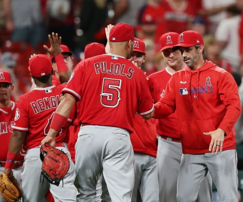 Los Angeles Angels hold off St. Louis Cardinals rally