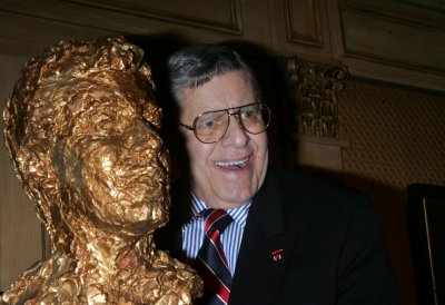 Jerry Lewis hospitalized for past two nights