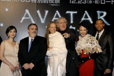 'Avatar' again flies high at box office
