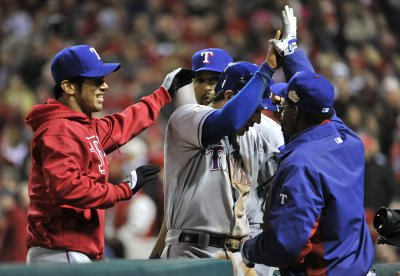 MLB: Texas 2, St. Louis 1