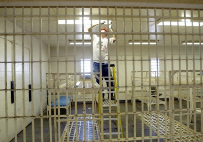 Doctors call for healthcare reforms in prisons