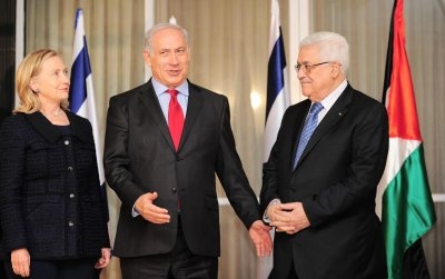 Mideast peace talks suspended for one day as April 29 deadline nears