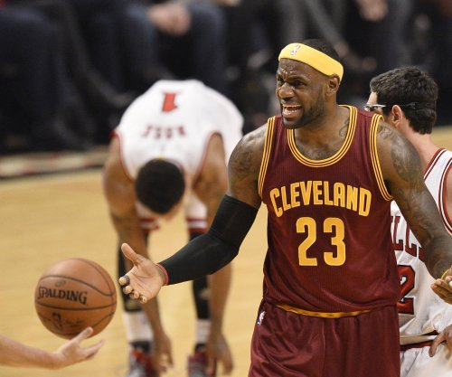 LeBron James leads streaking Cavaliers into Toronto