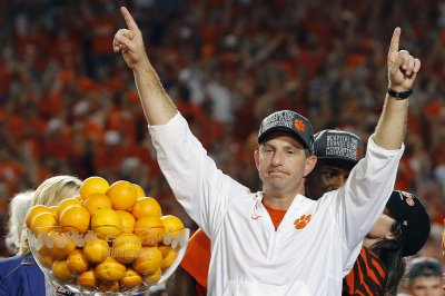 Clemson Tigers football 2017 season preview, schedule, players to watch