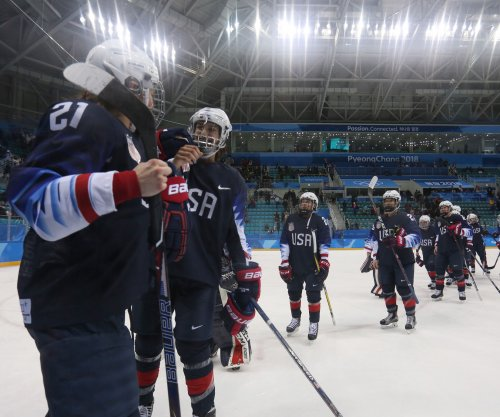 Cameranesi scores two, leads U.S. women's hockey to gold medal game